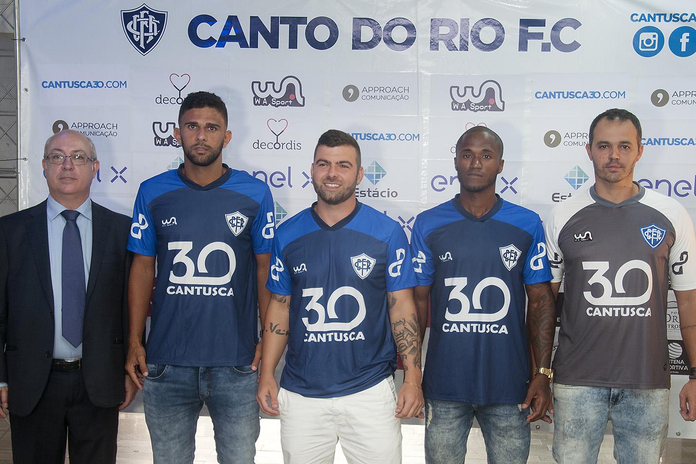 Canto do Rio assinatura de contratos dos jogadores